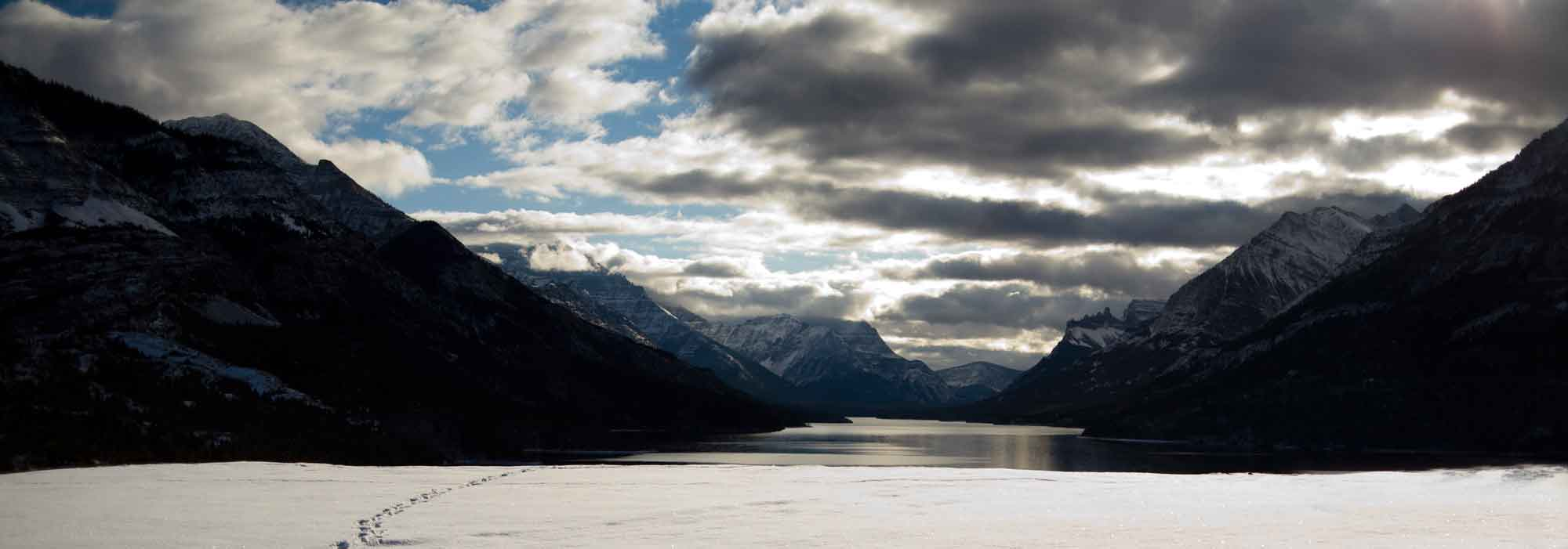 Waterton-Hotels-Waterton-Lake-and-Prince-of-Wales-Alberta-Canada